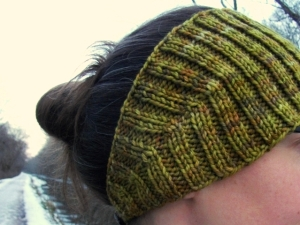 headband-detail